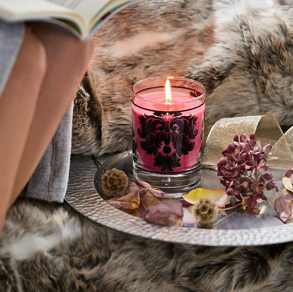 Kerzenwachs aus Teppichen entfernen